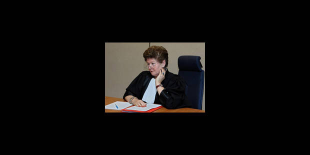 Magistrature l 39 avocat robert peeters porte plainte pour calomnie la libre - Porter plainte pour calomnie ...