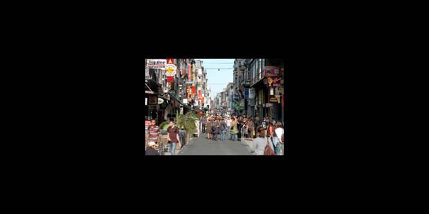 Déclin des rues commerçantes - La Libre