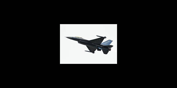 Un F-16 belge couvert de cendres: aucune conséquence selon la Défense - La Libre