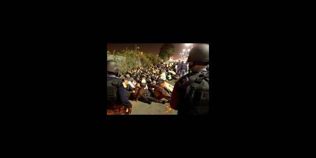 Affrontements entre la police et des stadiers à Durban - La Libre