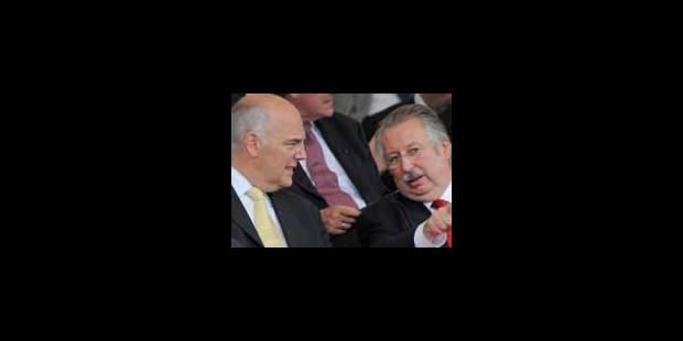 Flahaut et Pieters désignés médiateurs, Di Rupo déchargé - La Libre