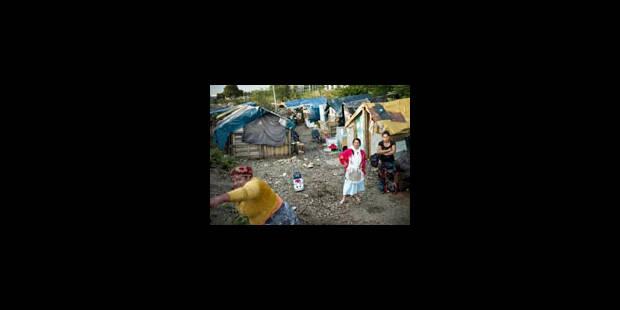 France: une centaine de Roms reconduits mardi en Roumanie