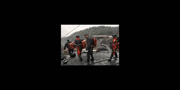 Explosion dans une mine: 20 morts, 17 mineurs piégés - La Libre