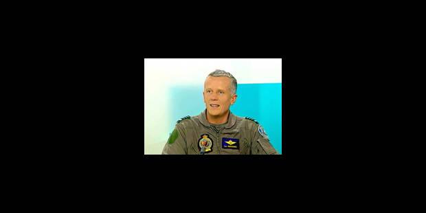 """Un officier dénonce à découvert la """"flamandisation"""" de l'armée"""