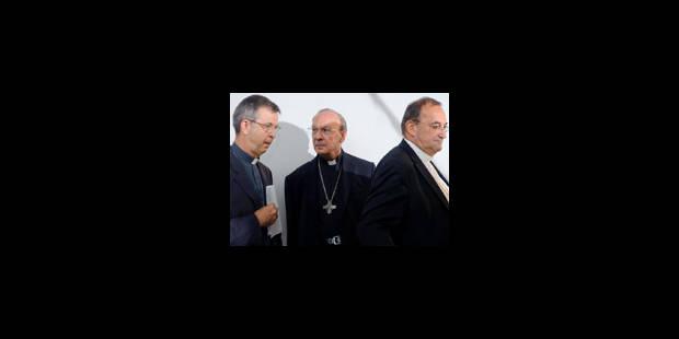 L'évêque d'Anvers se distancie de Mgr Léonard