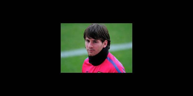 """Messi, Iniesta et Xavi prétendants au """"Ballon d'Or"""""""