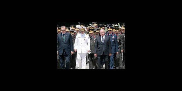 Procès historique d'officiers accusés de putsch en Turquie - La Libre