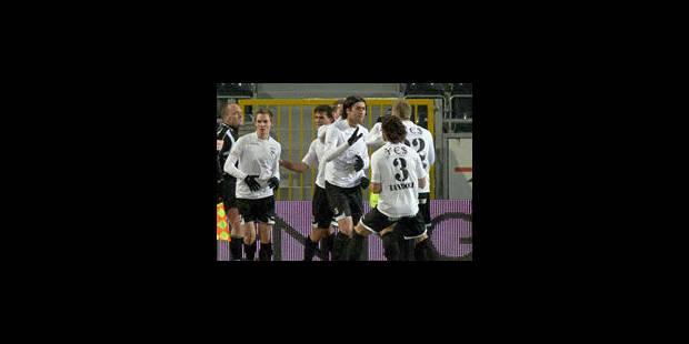 Eupen bat Charleroi et prend 8 points d'avance ! - La Libre