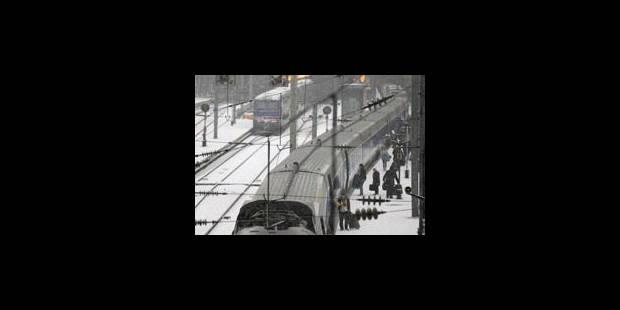 Les nouvelles chutes de neige en Ile-de-France désorganisent les transports - La Libre
