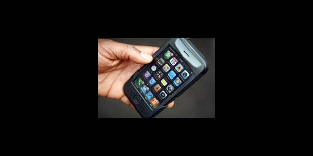 """Les smartphones """"branchés mais peu éthiques"""" - La Libre"""