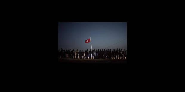 Tunisie: arrestation de plus de 2.300 pillards et détenus en fuite - La Libre