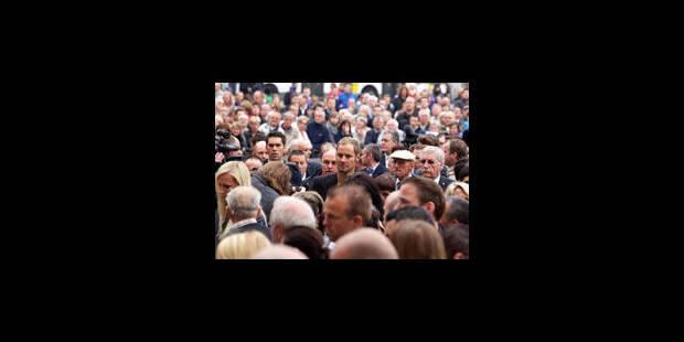 2500 personnes, de nombreux cyclistes, aux funérailles de Weylandt