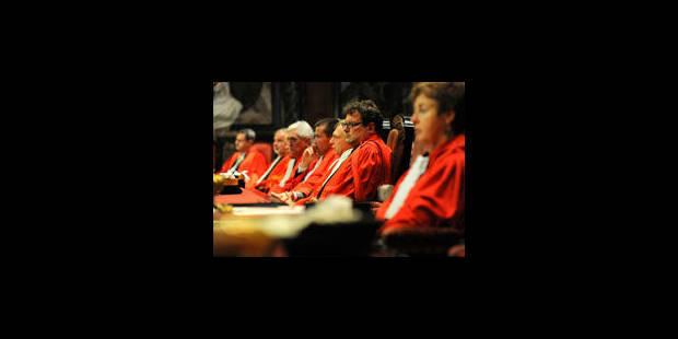 La Cour de cassation met De Clerck en garde - La Libre