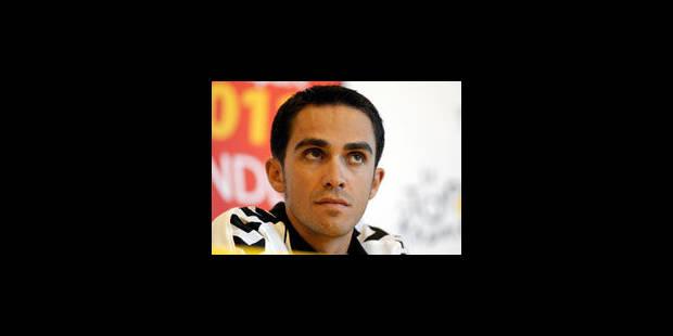 Contador hué par le public du Puy-du-Fou