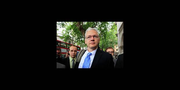 Assange conteste le viol - La Libre