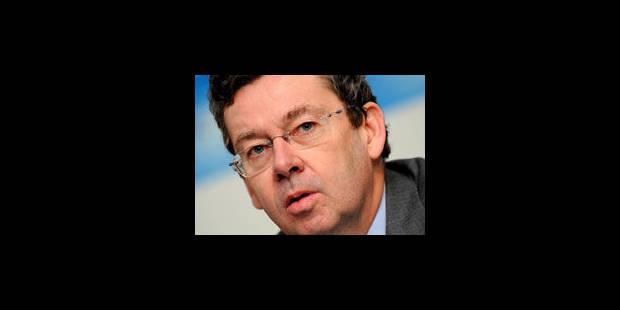 Didier Bellens, inculpé, reste en place - La Libre