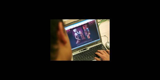 """Une étude se penche sur les """"groomers"""", les abuseurs sexuels qui passent par internet"""