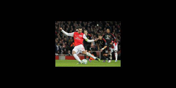 Arsenal frôle l'exploit, AC Milan et Benfica en quarts