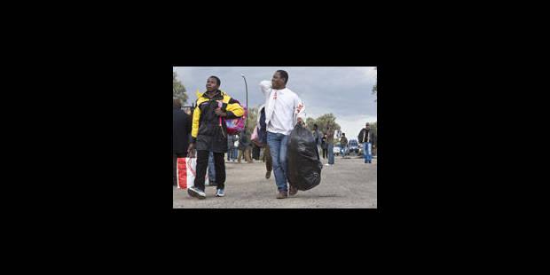 Kits d'intégration : accompagner ou décourager le migrant ? - La Libre