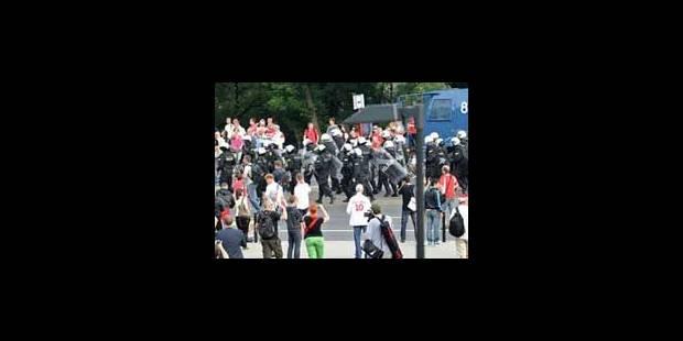 Plus de cent hooligans interpellés avant Pologne-Russie