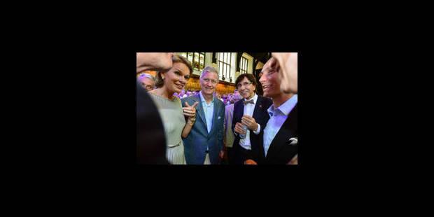 Le prince Philippe et Elio Di Rupo inaugurent la Belgium House - La Libre