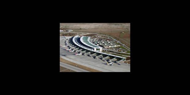 Que transportait l'avion syrien intercepté par la Turquie ?