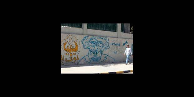 Un an après sa mort, le spectre de Kadhafi hante toujours le pays - La Libre