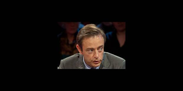 "De Wever ne veut pas des T-Shirt ""homo"""