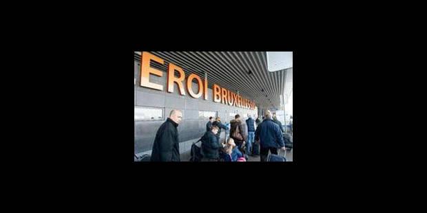 Crash à Charleroi: Tous les avions décollent et atterrissent à nouveau normalement