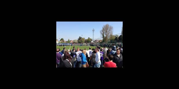 Altercation entre supporters, dirigeants et joueurs d'Anderlecht - La Libre