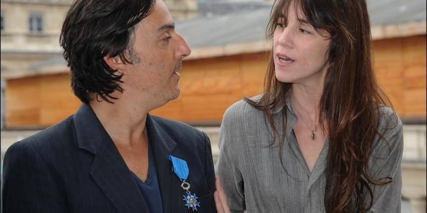 Charlotte Gainsbourg demandée en mariage par Yvan Attal en public