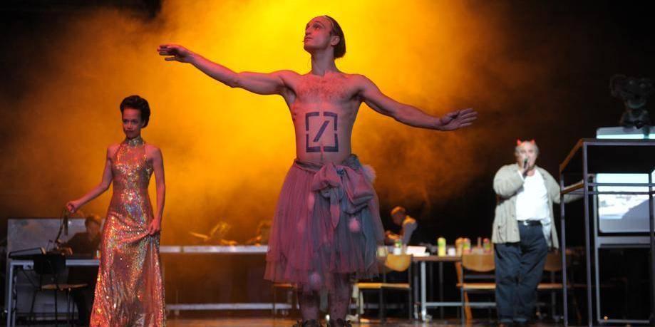 Faust 1 & 2 Der Tragšdie erster und zweiter Teil Thalia Theater