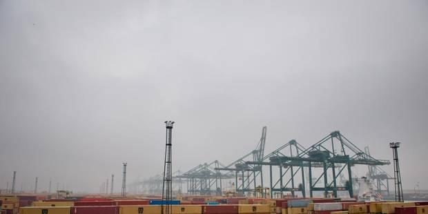 Anvers : 11 marins chinois coincés sur leur navire depuis 4 mois - La Libre