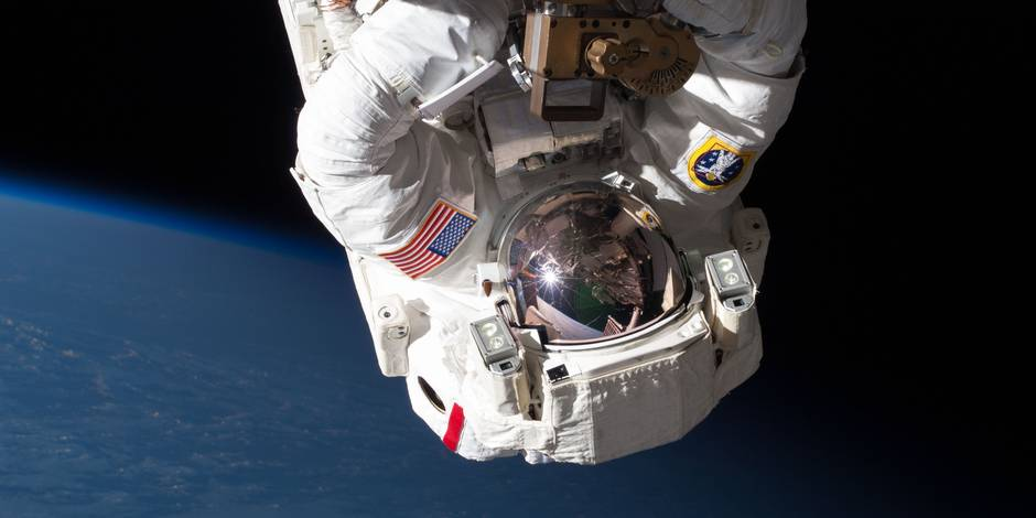 """Trois spationautes de l'ISS sont rentrés sur Terre """"à l'aveuglette"""""""