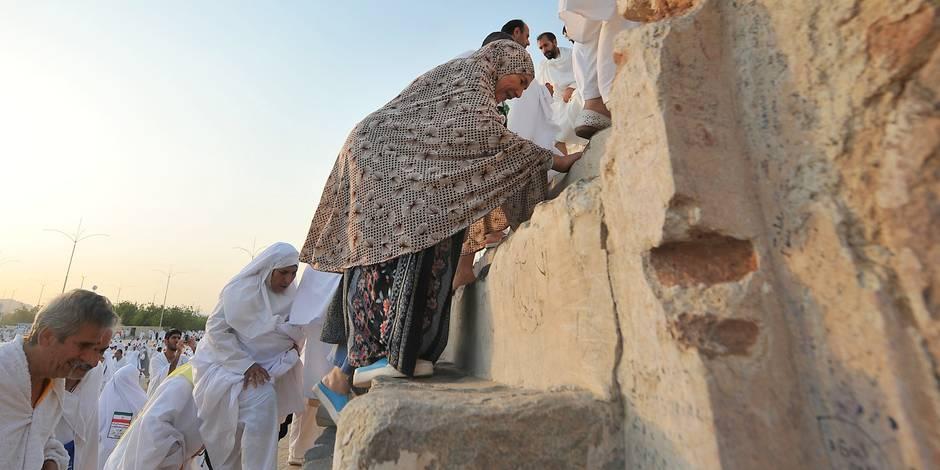 Hajj: 1,5 million de musulmans en prière sur le Mont Arafat