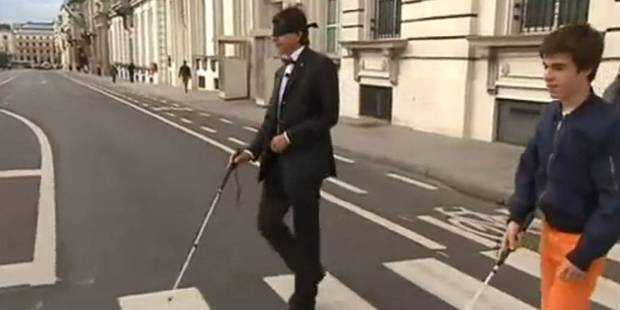 Jouer à l'aveugle, oui mais... - La Libre