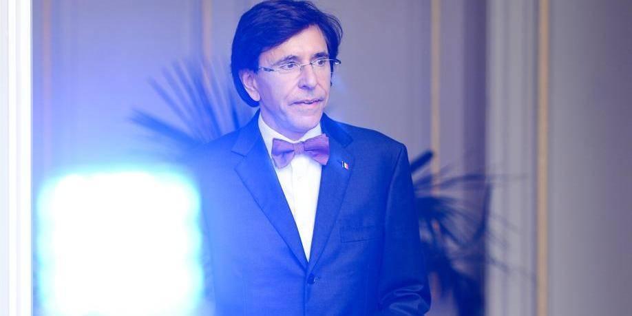 Espionnage américain: Elio Di Rupo interdit les GSM lors des réunions secrètes