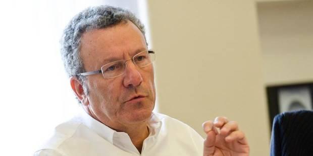 """Defeyt commet """"une erreur politique"""" en rabotant son salaire, selon Mayeur - La Libre"""