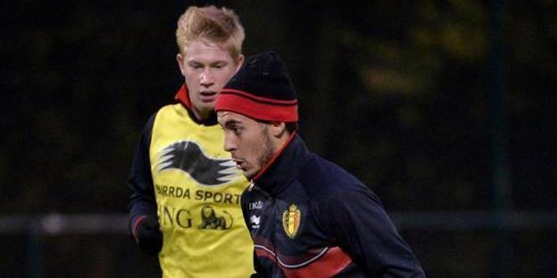 """Hazard: """"Kevin ferait mieux de quitter Chelsea"""""""