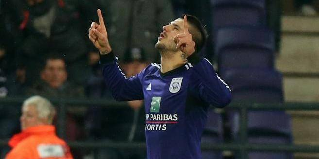 Anderlecht s'impose 2-0 face à Waasland-Beveren sans forcer