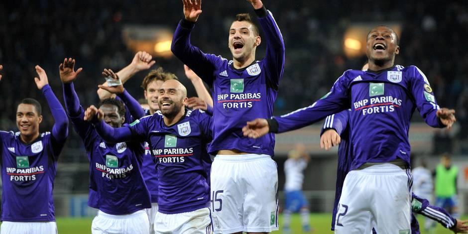 Anderlecht a pris son temps contre Gand (1-2)