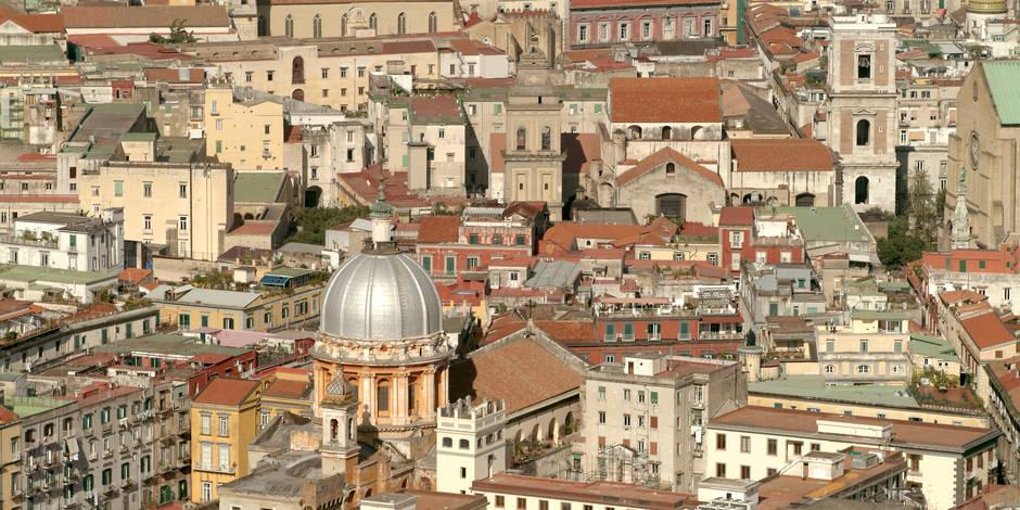 Rolex, car-jackings et cambriolages: Quand la Camorra effraie les joueurs de Naples