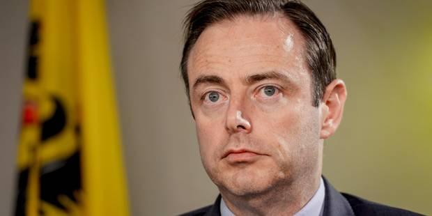 Sanctions administratives communales: De Wever partage la préoccupation de Di Rupo - La Libre
