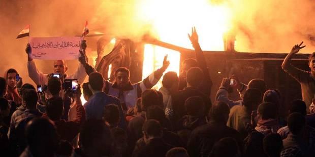 Attentat au Caire après une mesure répressive drastique contre les islamistes - La Libre