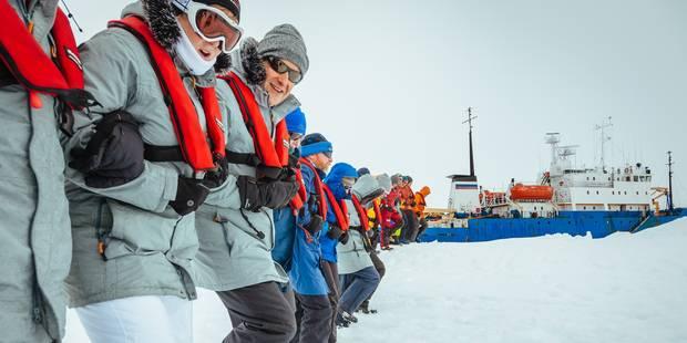 Evacuation réussie des passagers du navire bloqué en Antarctique - La Libre