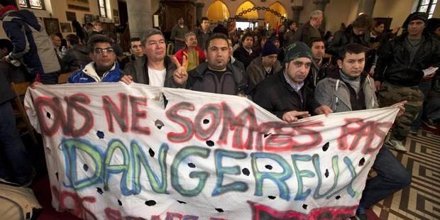 """La politique d'asile belge """"n'est pas seulement cynique et inhumaine, elle est illégale"""" - La Libre"""
