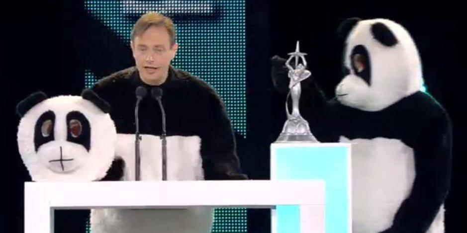 Bart De Wever déguisé en Panda