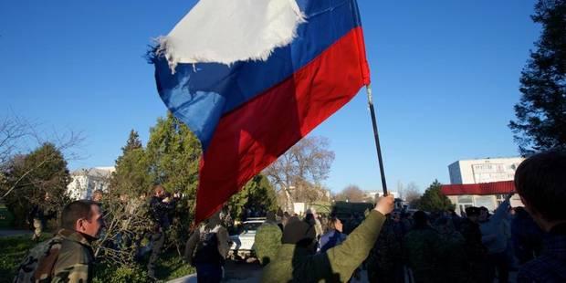 Crimée: le drapeau russe flotte sur toutes les unités militaires - La Libre