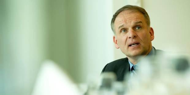 Sécurité à Bruxelles: Destexhe blâme Milquet et avance ses propositions - La Libre
