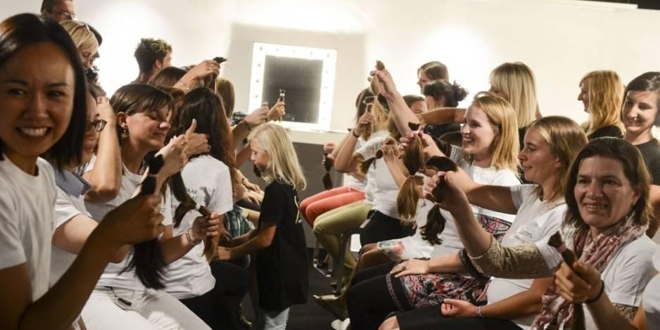 25.000 personnes se coupent les cheveux pour celles qui n'en ont plus